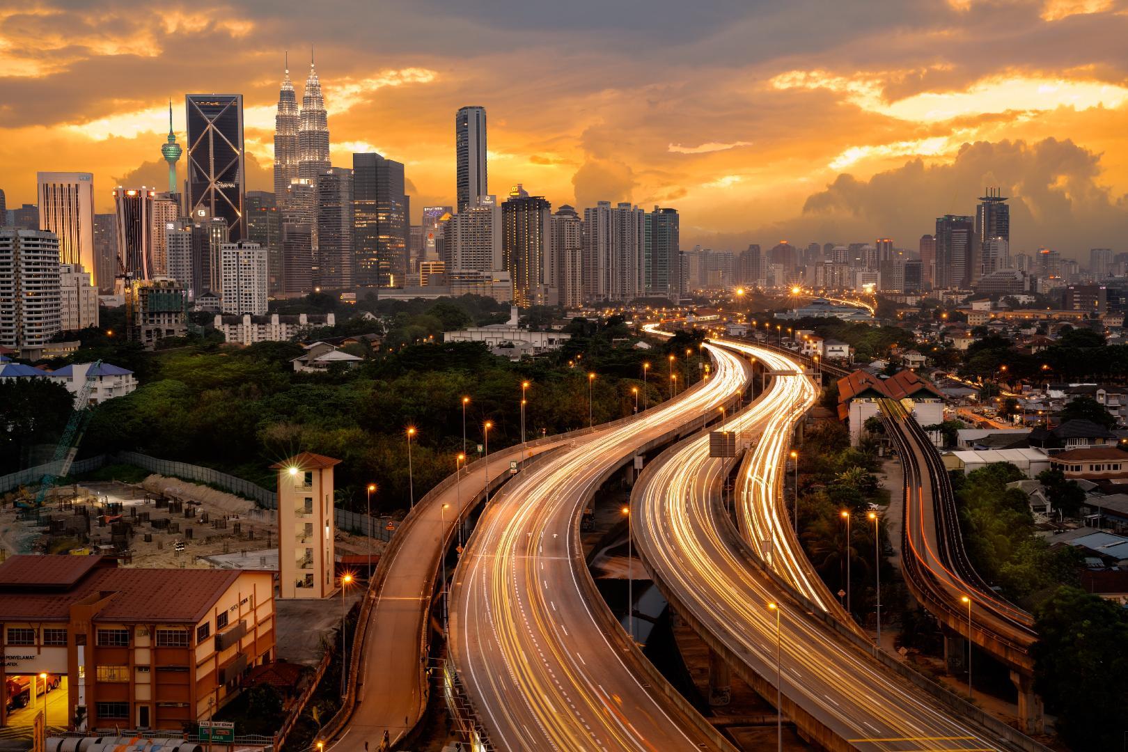 دليلك السياحي الى ماليزيا