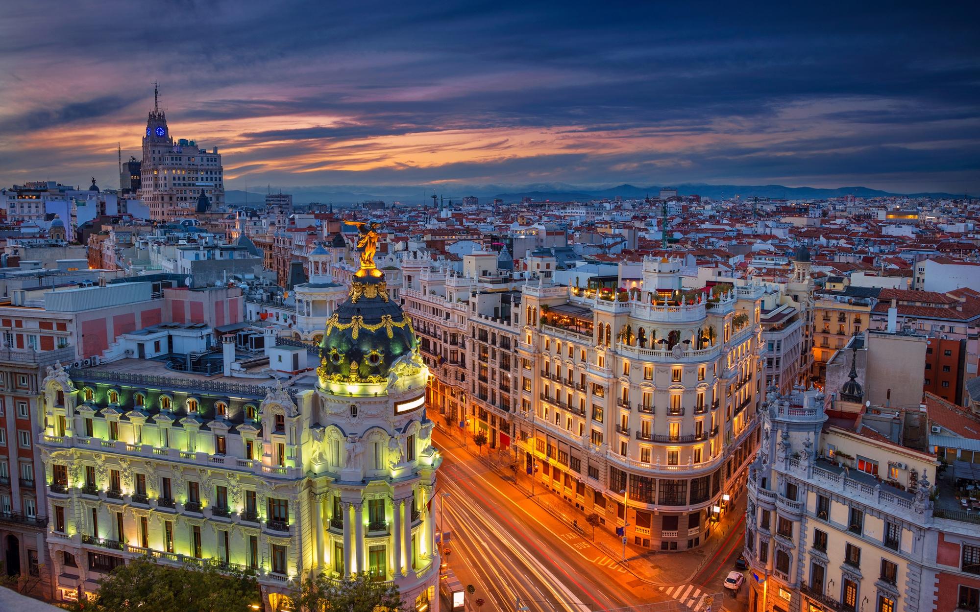 أجمل اماكن التسوق والمطاعم في مدريد