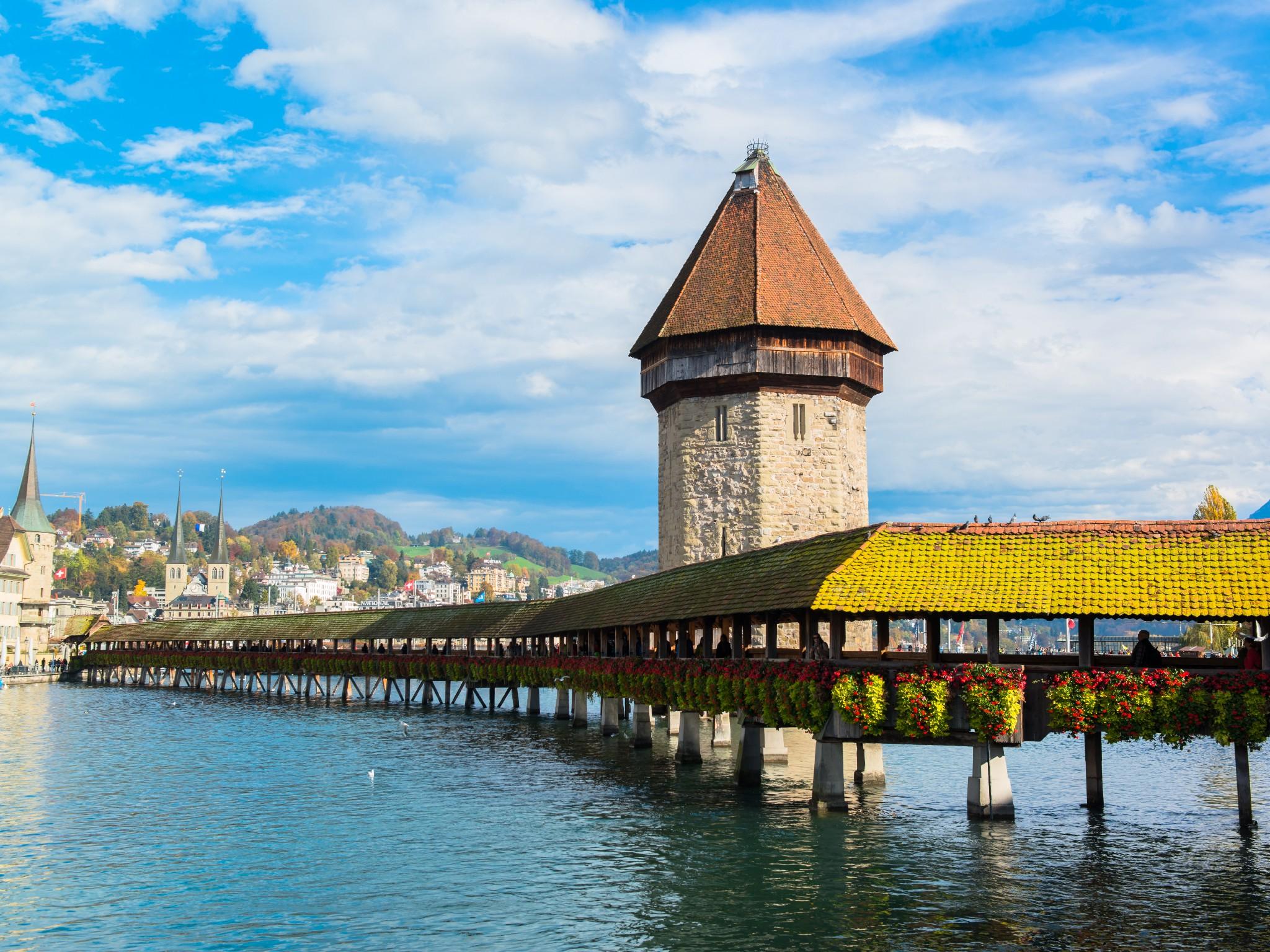 الأماكن والمدن السياحية في سويسرا