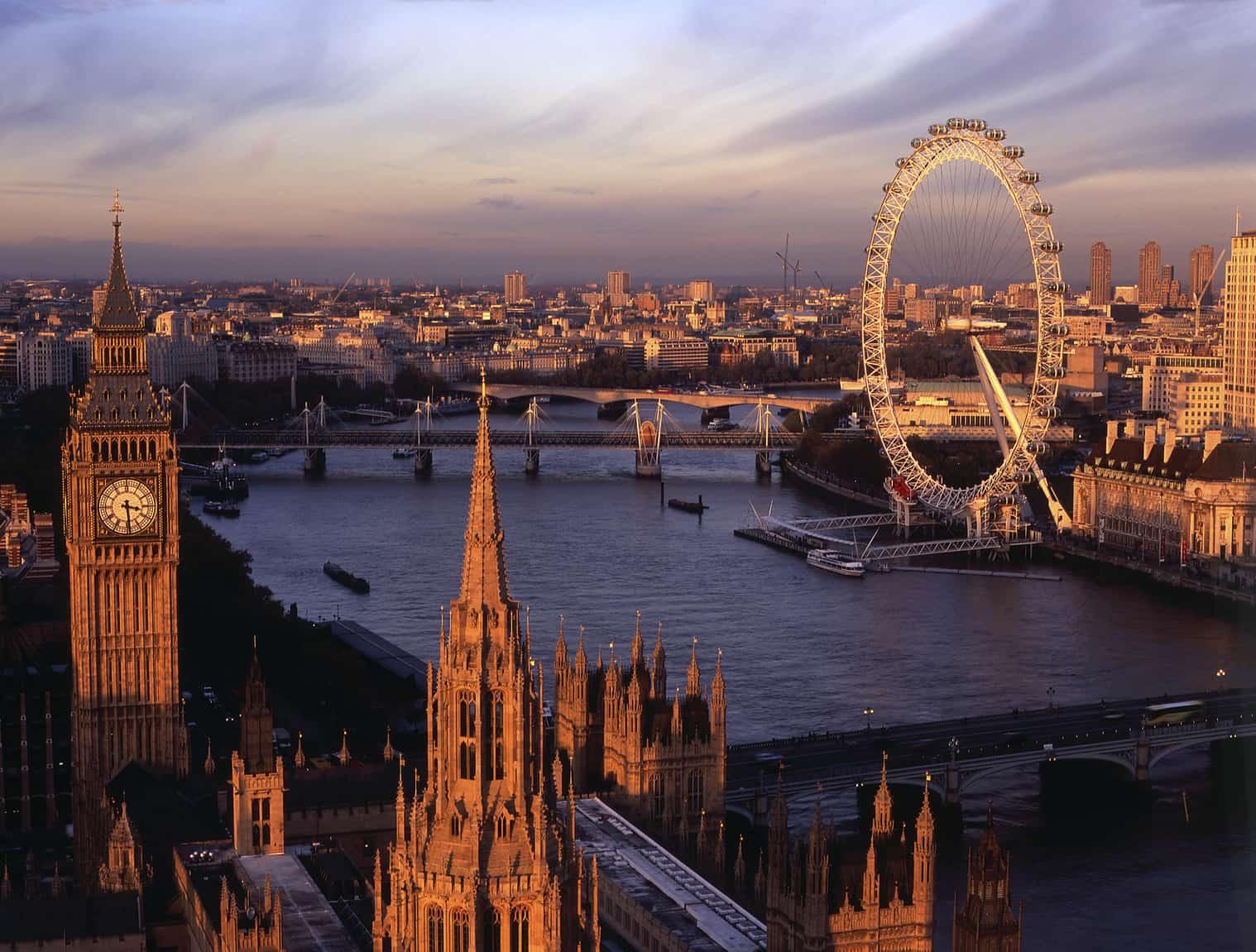 دليلك السياحي الي بريطانيا