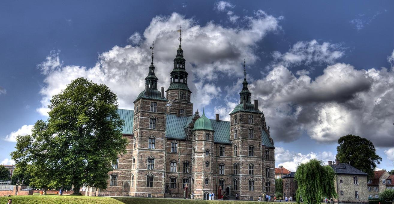 النمسا زيلامسي اهم الاماكن السياحية قلعة روزنبورغ