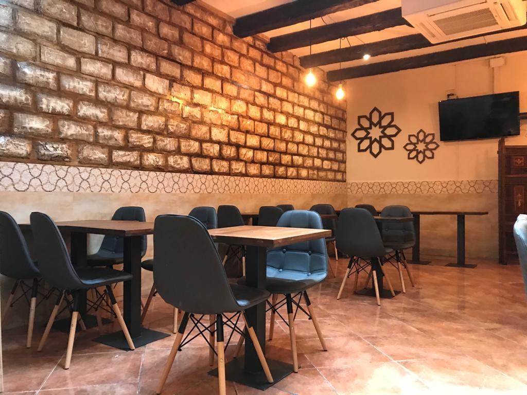 إسبانيا برشلونة افضل اماكن التسوق والمطاعم مطعم زيشان كبابش