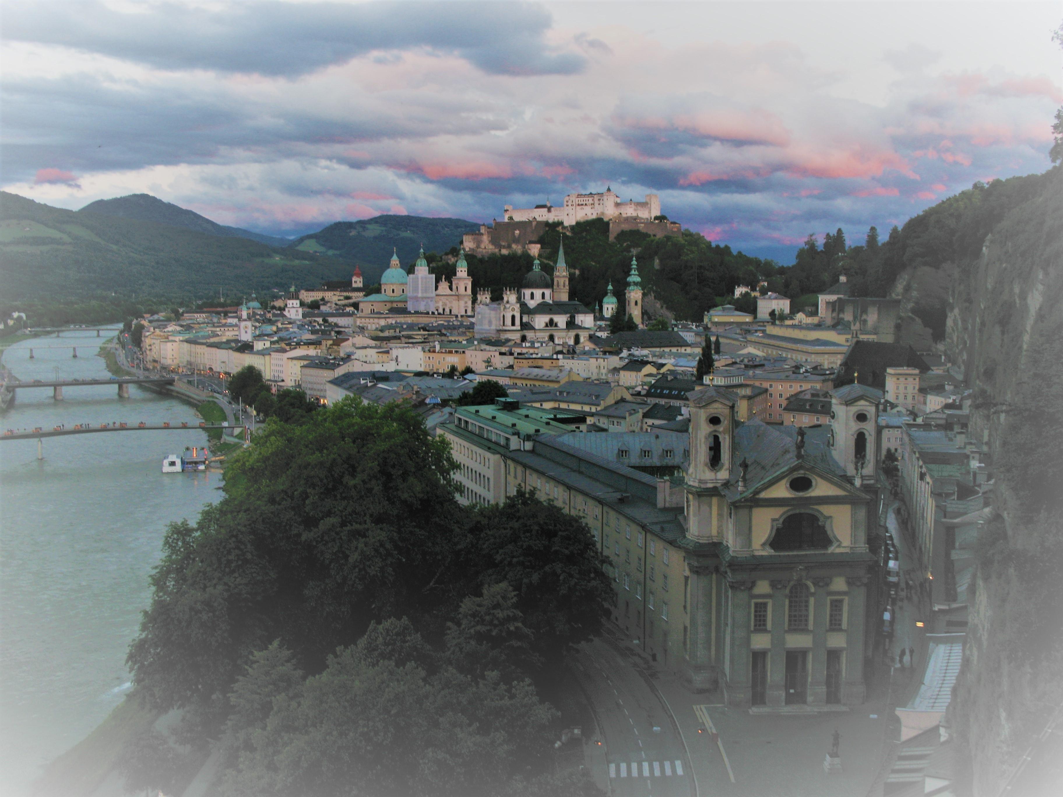 النمسا سالزبورغ اهم الاماكن السياحية جبل مونشسبيرغ