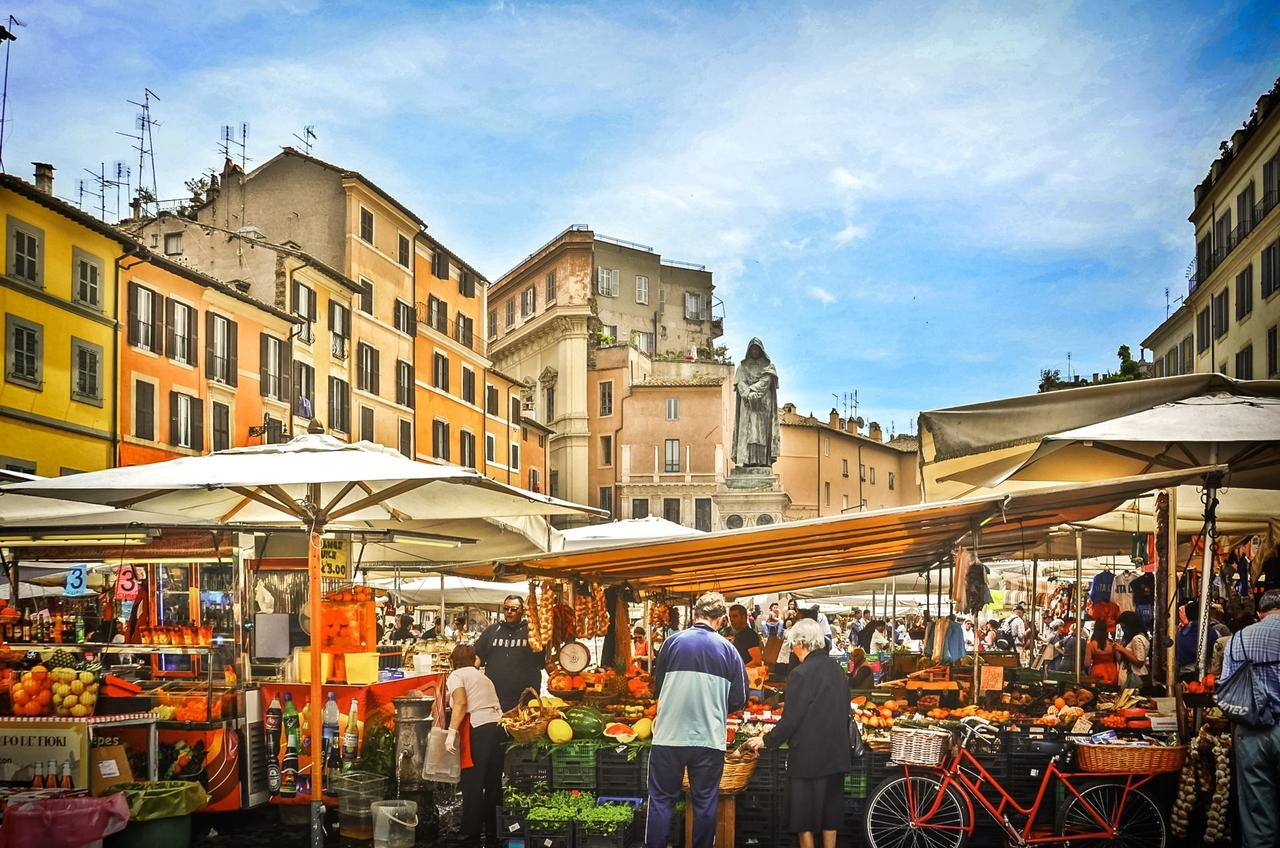 ايطاليا روما اجمل اماكن التوق والمطاعم في روما سوق كامبو دي فيوري