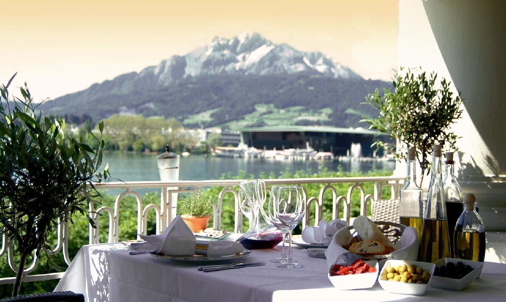 سويسرا لوسيرن اجمل اماكن التسوق والمطاعم مطعم اوليفو
