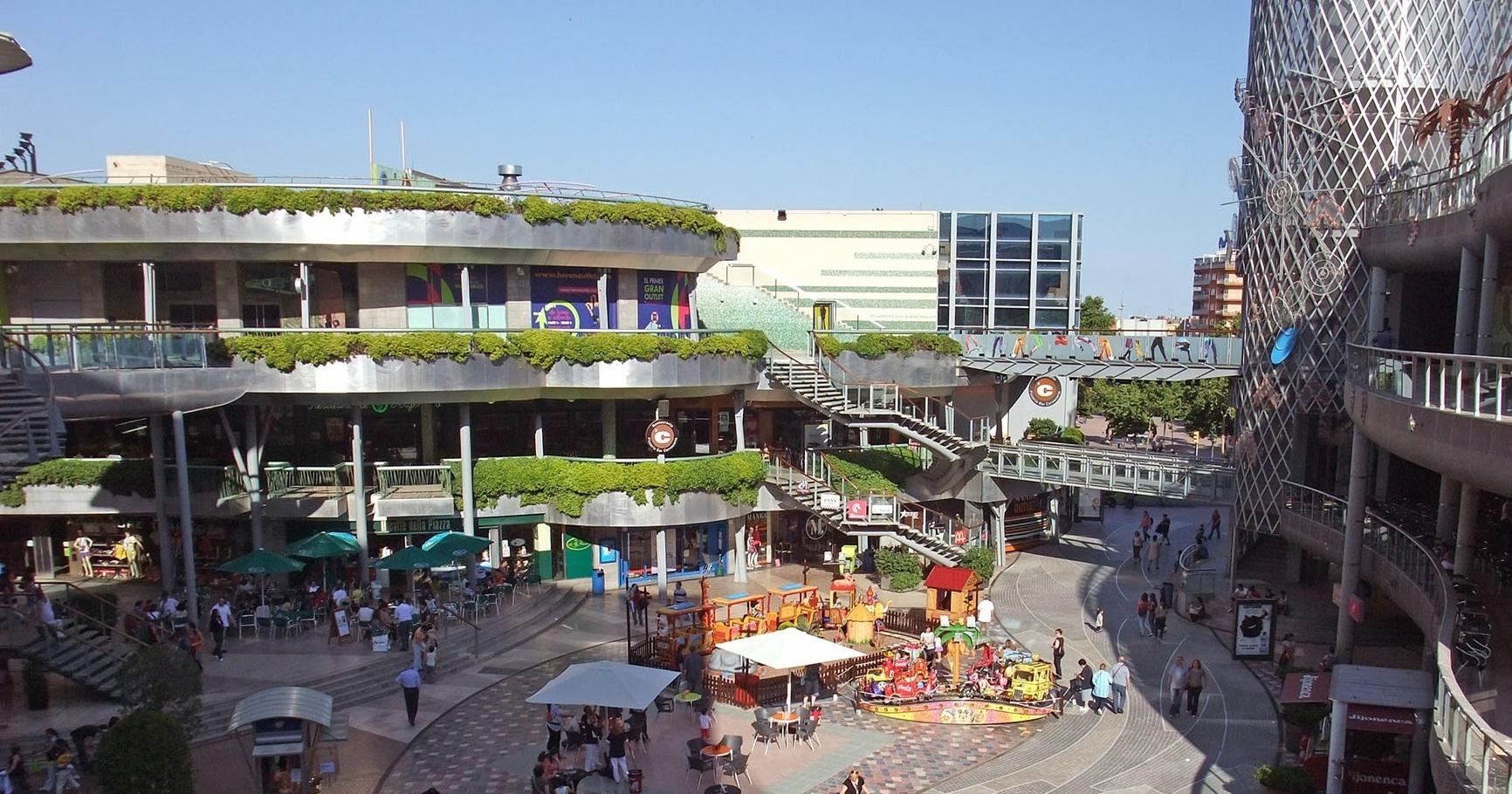 إسبانيا برشلونة افضل اماكن التسوق والمطاعم هورن سيتي اوت ليت