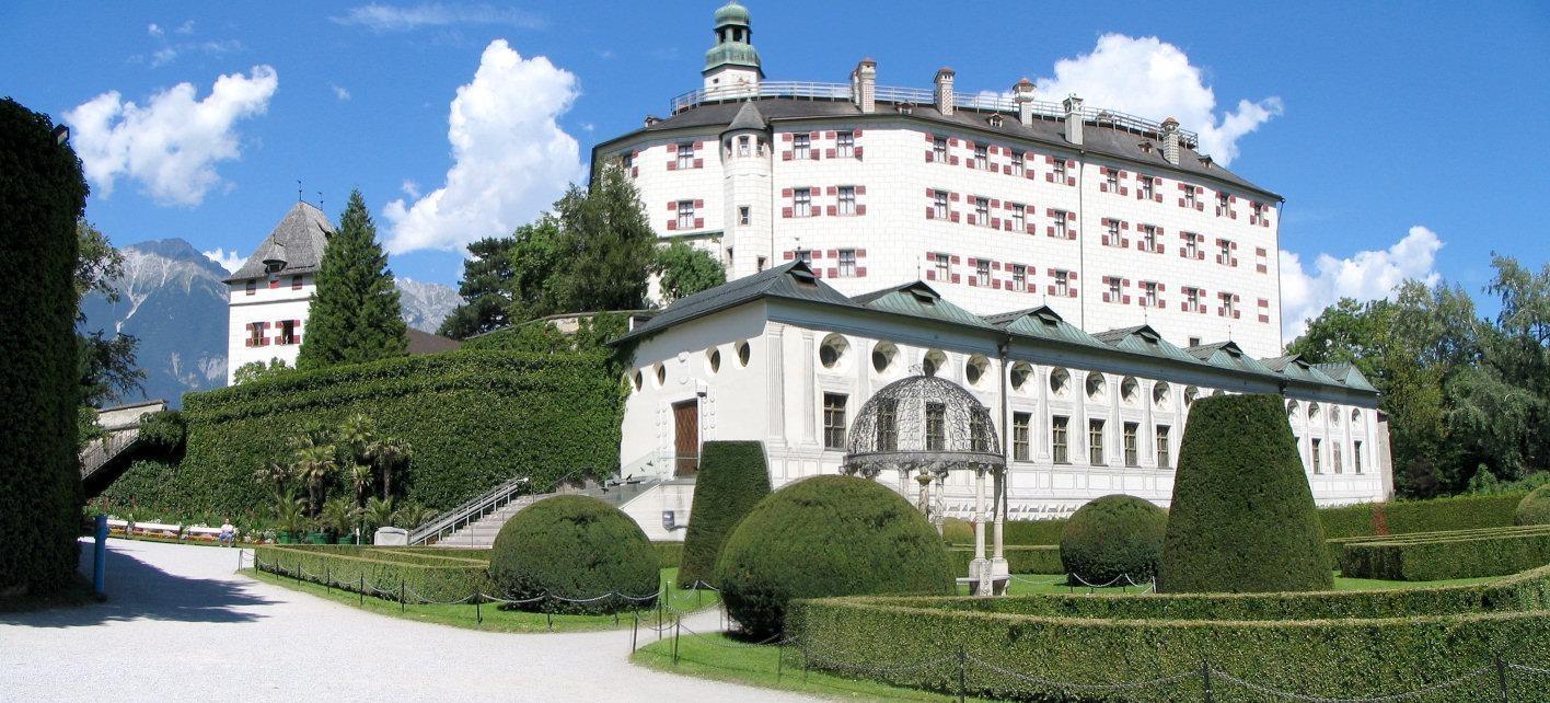 النمسا انسبروك اهم الاماكن السياحية قلعة امبراس
