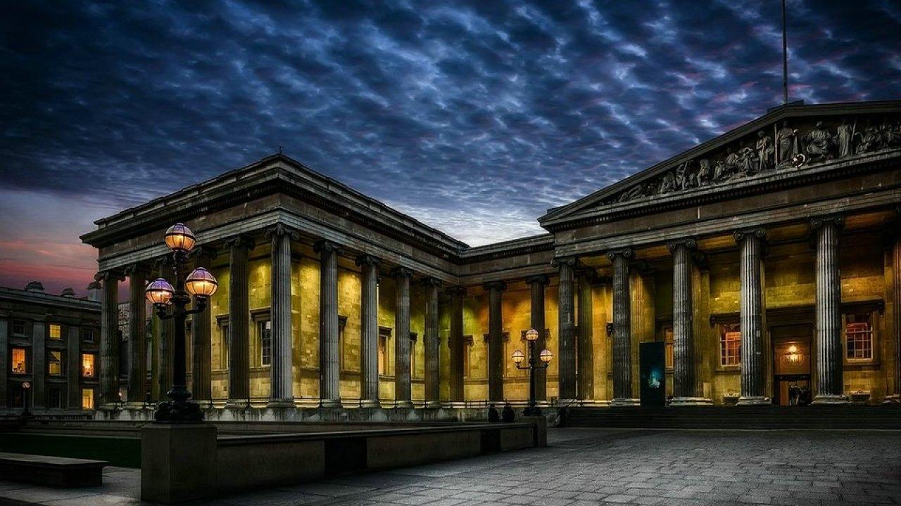 بريطانيا لندن اهم الاماكن السياحية المتحف البريطاني