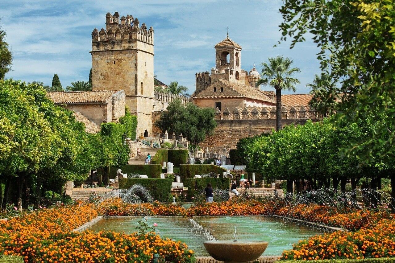 إسبانيا قرطبة اهم الاماكن السياحية الحدائق النباتية في قرطبة