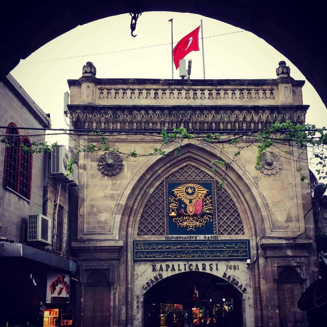 تركيا اسطنبول اهم اماكن التسوق والمطاعم سوق جراند بازار