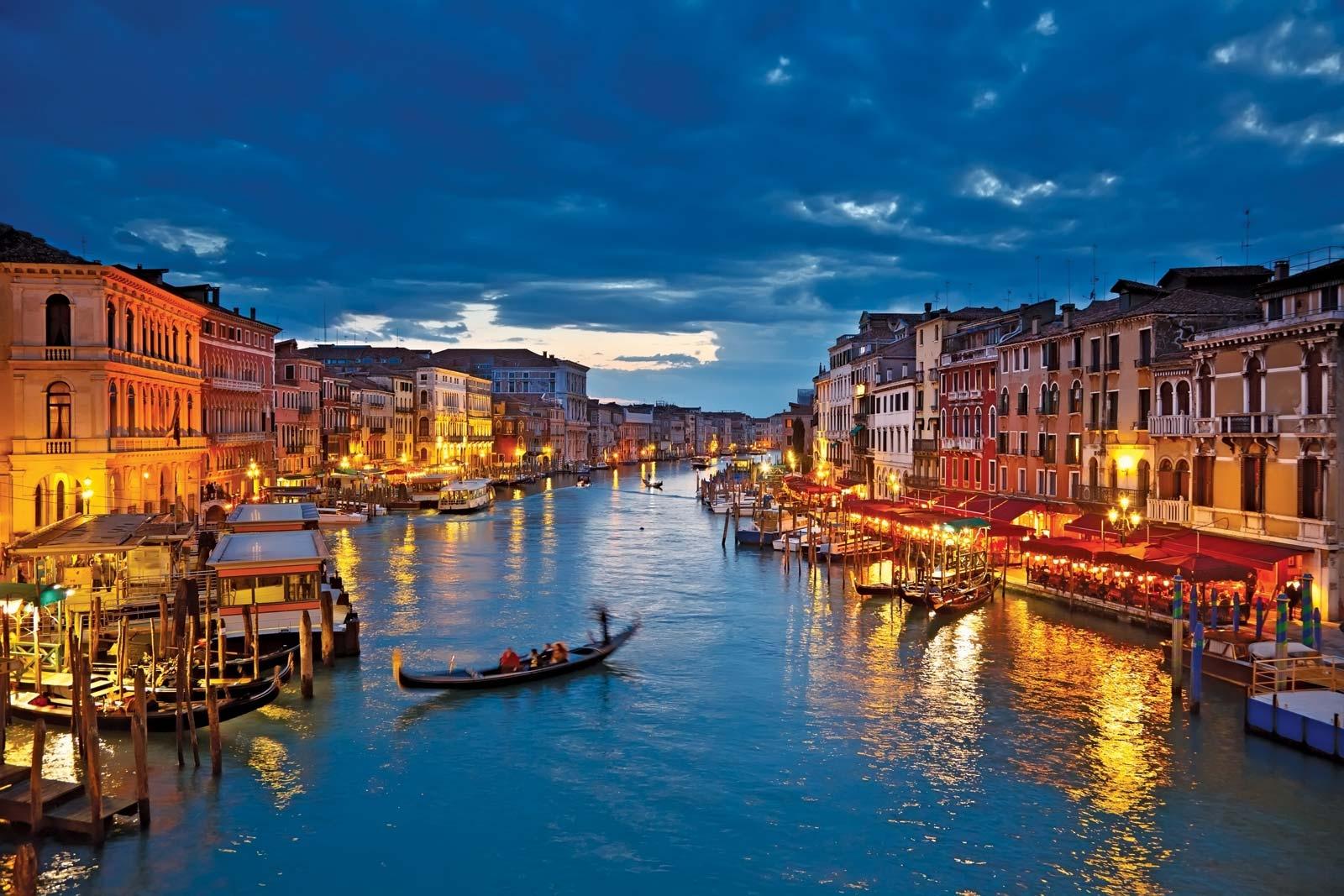 ايطاليا فينيسيا اهم الاماكن السياحيه  القناه الكبيره