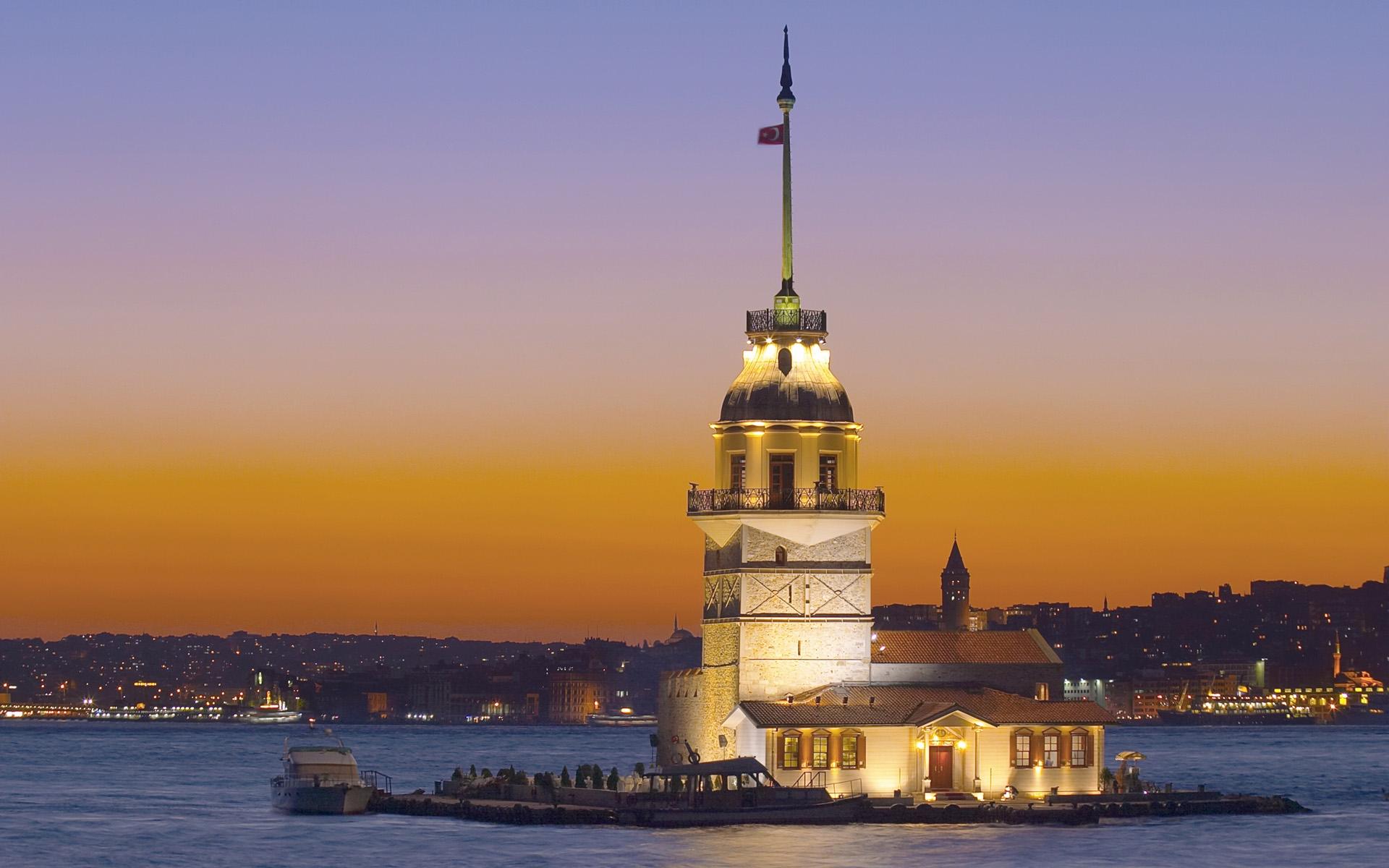 تركيا اسطنبول اهم الاماكن السياحية برج الفتاه
