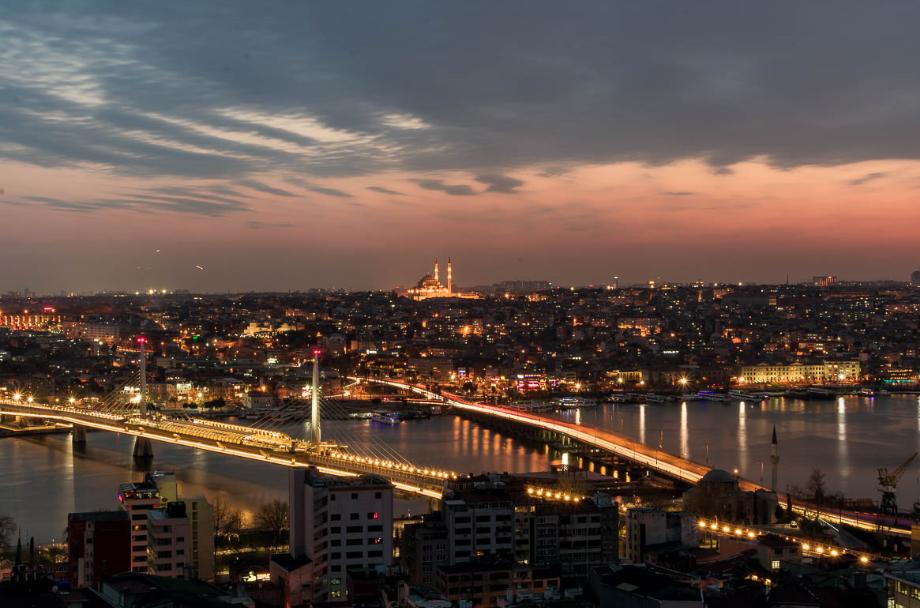 تركيا اطنبول اهم الاماكن السياحيه جسر غلطه