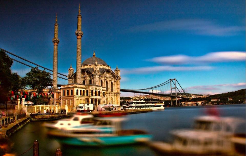 تركيا اسطنبول اجمل الاماكن السياحيه جامع اورتاكوي