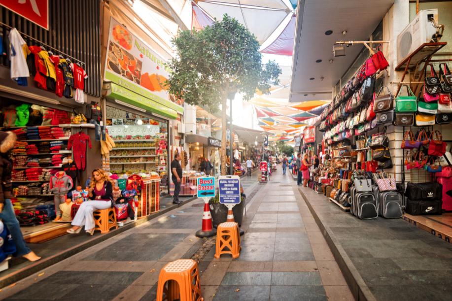 تركيا انطاليا اهم اماكن التسوق والمطاعم السوق القديم