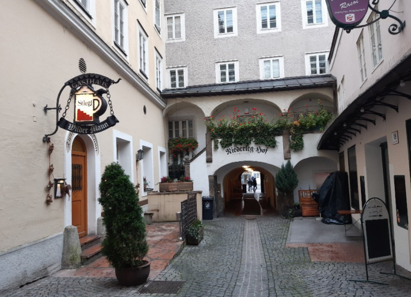 النمسا انسبروك افضل اماكن التسوق والمطاعم مطعم ويلدر مان