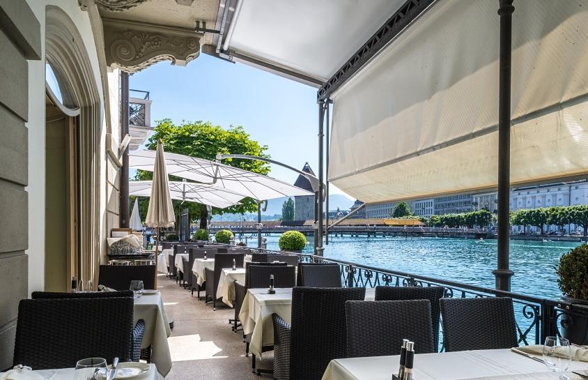 سويسرا لوسيرن اجمل اماكن التسوق والمطاعم مطعم بلنسز