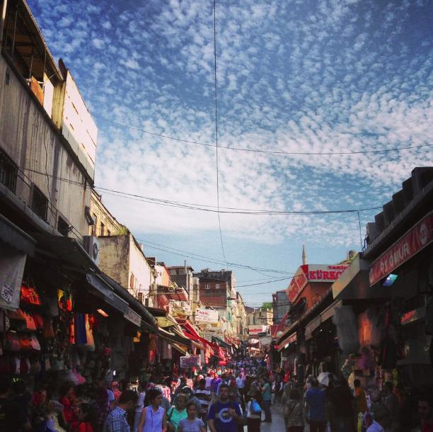 تركيا اسطنبول اهم اماكن التسوق والمطاعم سوق محمود باشا