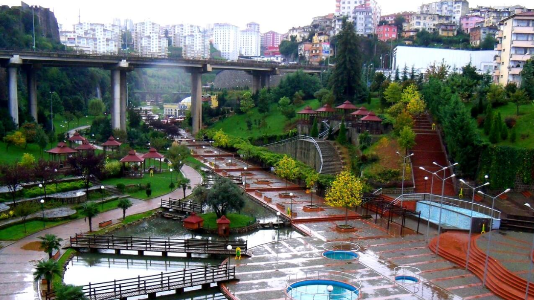 تركيا طرابزون اهم الاماكن السياحيه حديقة زاغنوس طرابزون