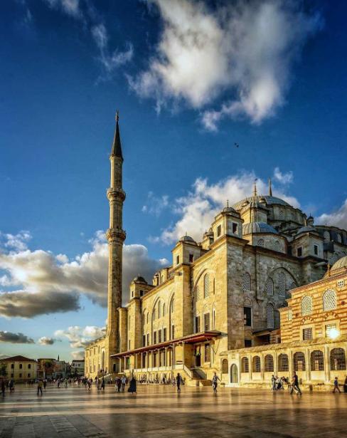 تركيا اسطنبول اهم الاماكن السياحيه جامع الفاتح