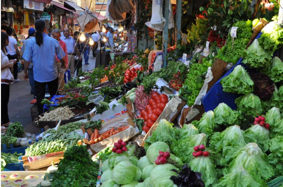 تركيا اسطنبول اهم اماكن التسوق والمطاعم سوق كاديكوي