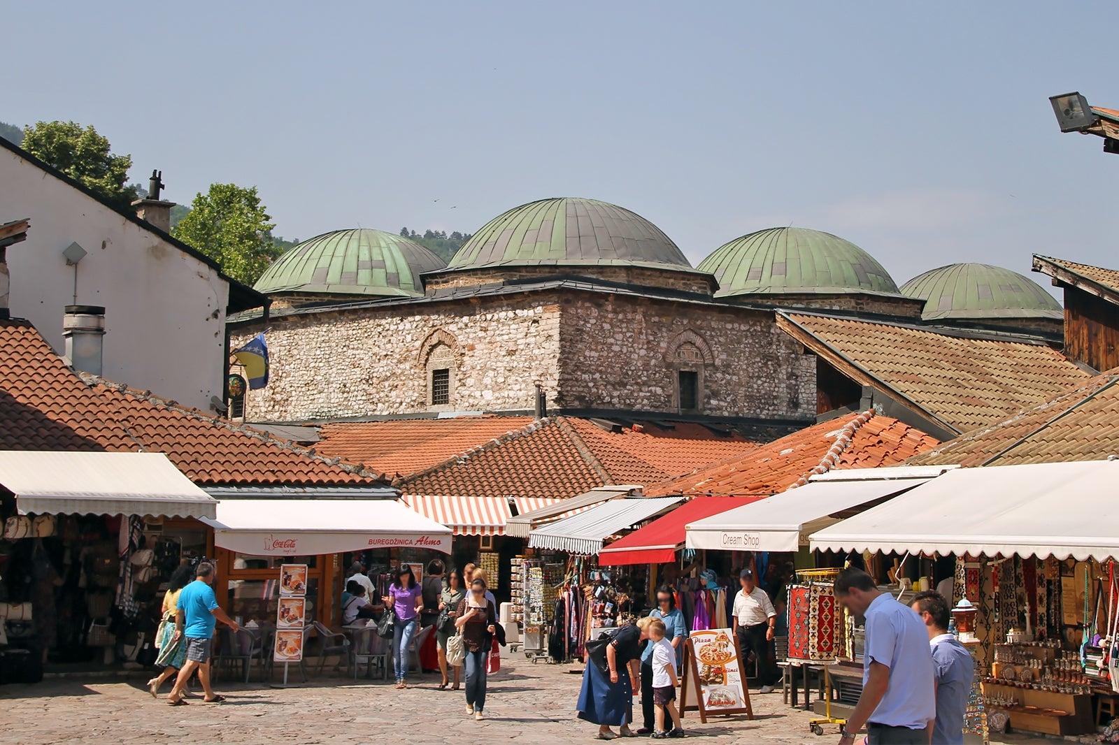 البوسنة والهرسك سراييفو اهم الاماكن السياحية متحف سوق بروسا بيزيستان