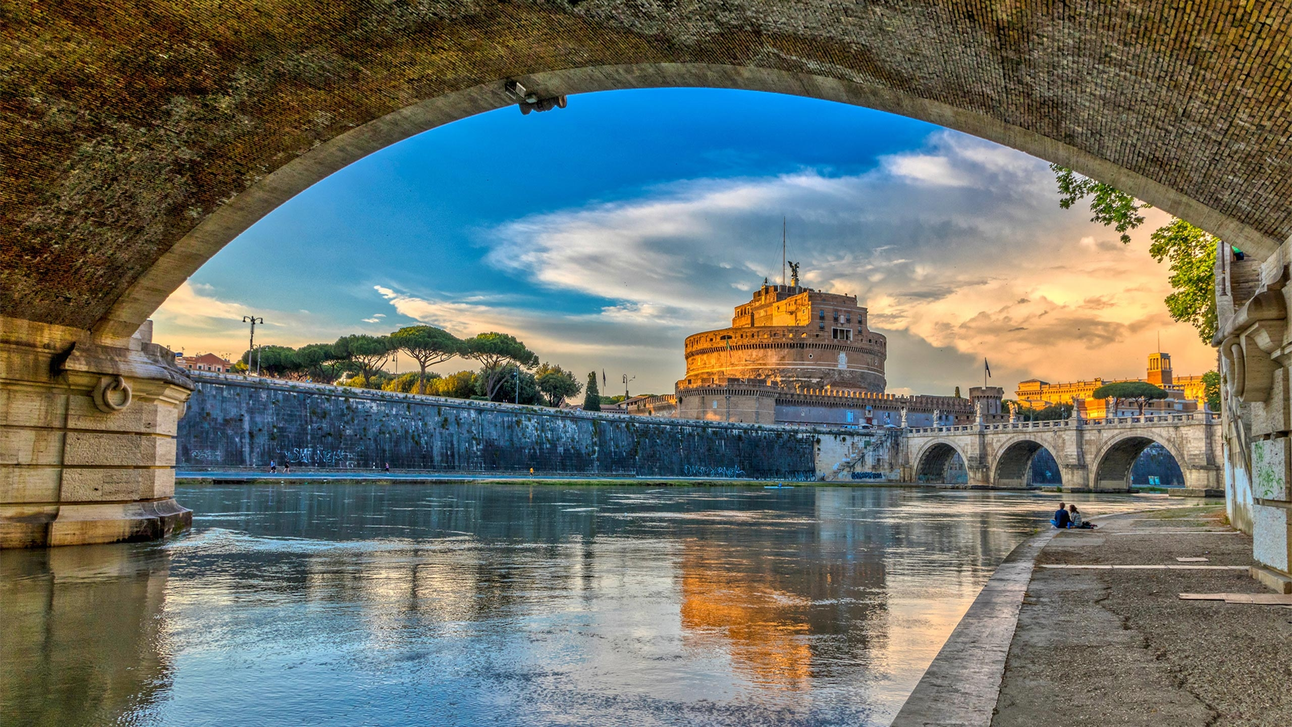 ايطاليا روما اهم الاماكن السياحيه  قلعة سنت انجلو