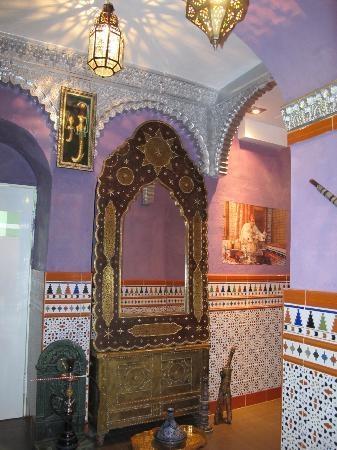 إسبانيا قرطبة اهم اماكن التسوق والمطاعم مطعم السلطان
