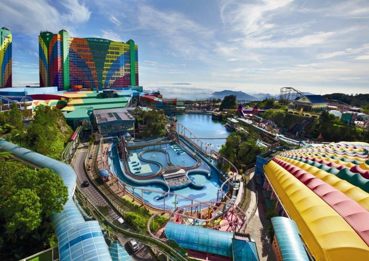 ماليزيا مرتفعات جنتنج الاماكن السياحيه ملاهي جنتنج هايلاند