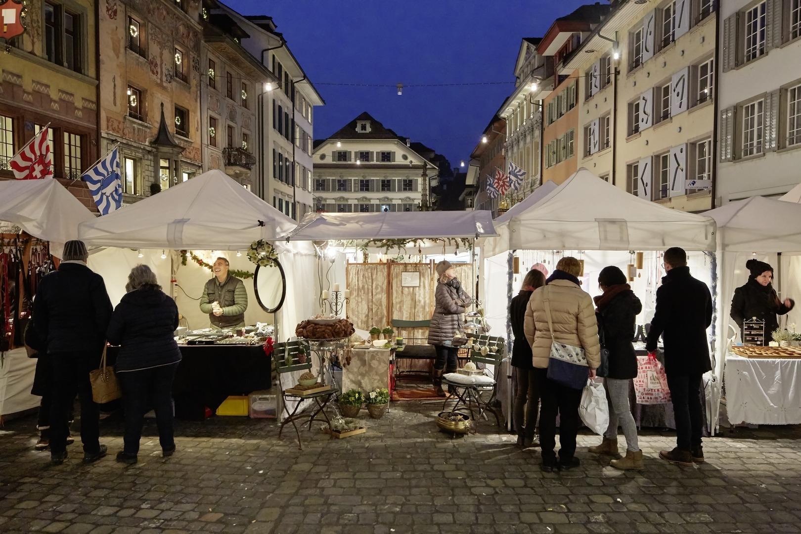 سويسرا لوسيرن اجمل اماكن التسوق والمطاعم سوق الحرف