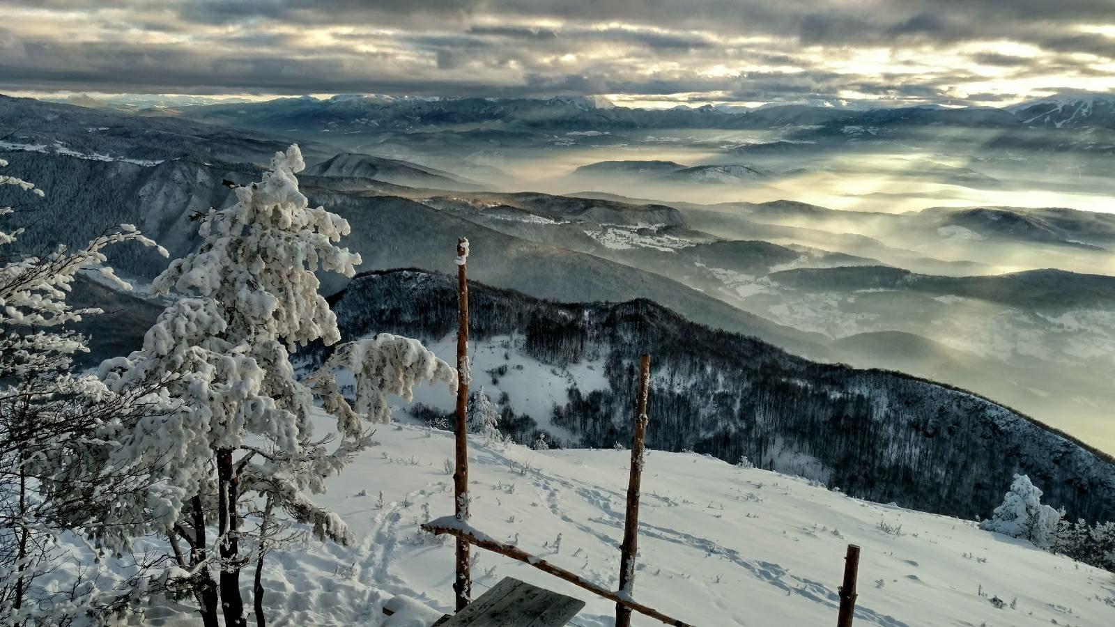 البوسنه والهرسك سراييفو اهم الاماكن السياحيه جبل تريبفيتش