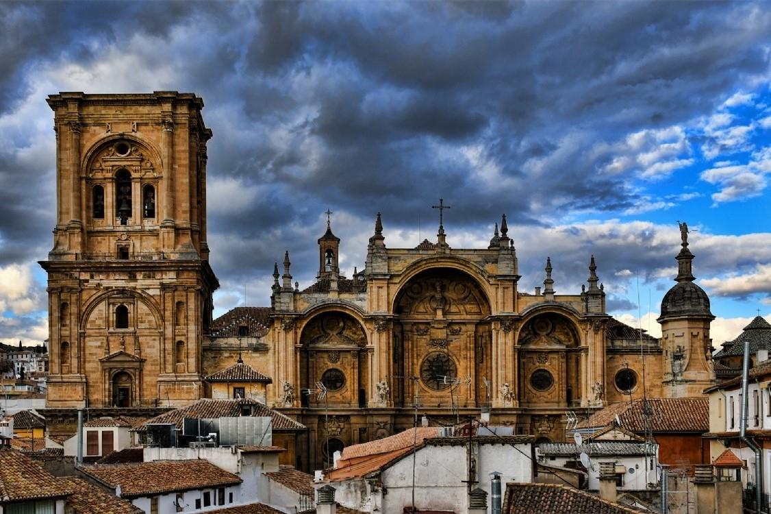 إسبانيا غرناطة اهم الاماكن السياحية كاتدرائية غرناطة