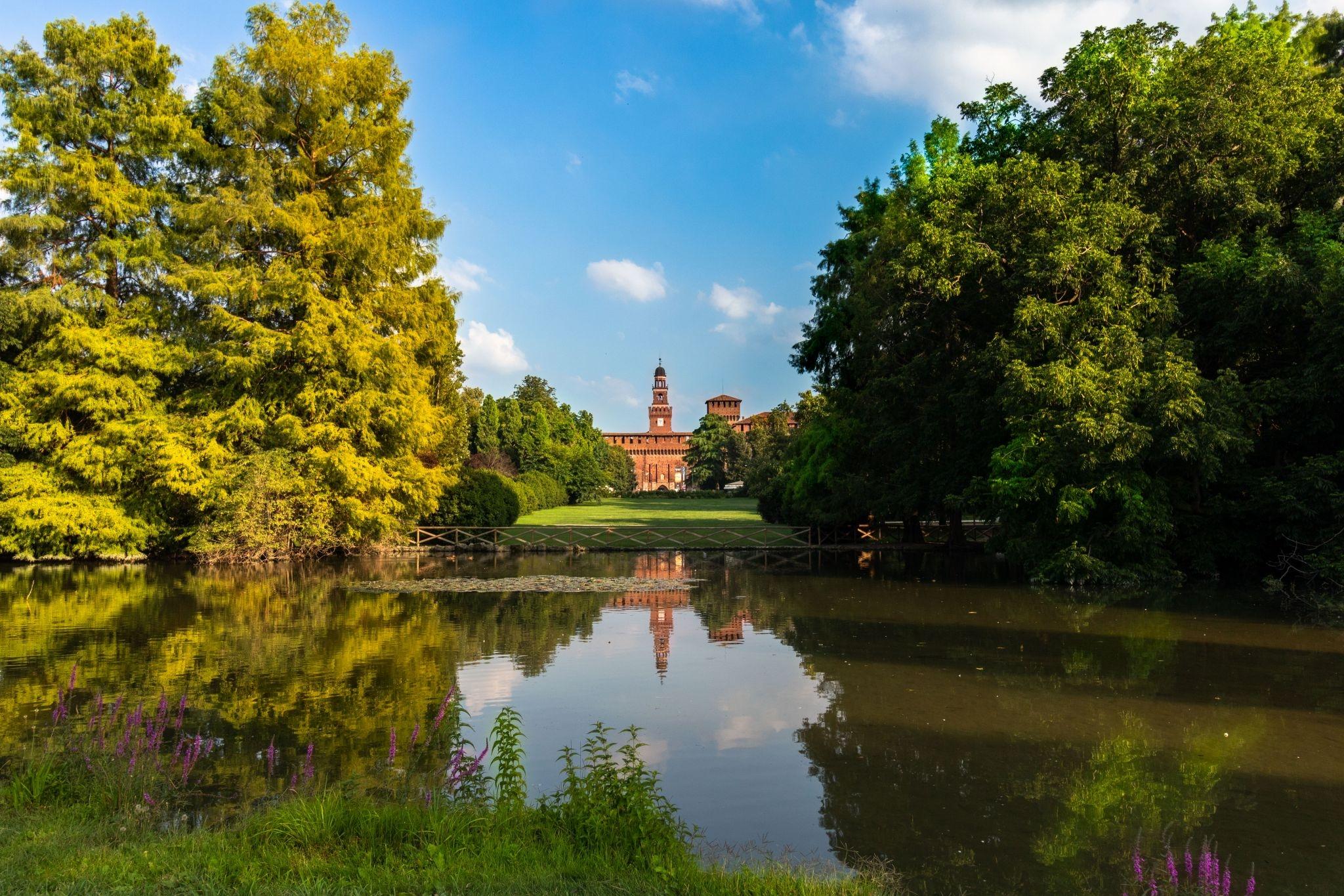 ايطاليا ميلانو اهم الاماكن السياحيه حديقة سيمبيوني