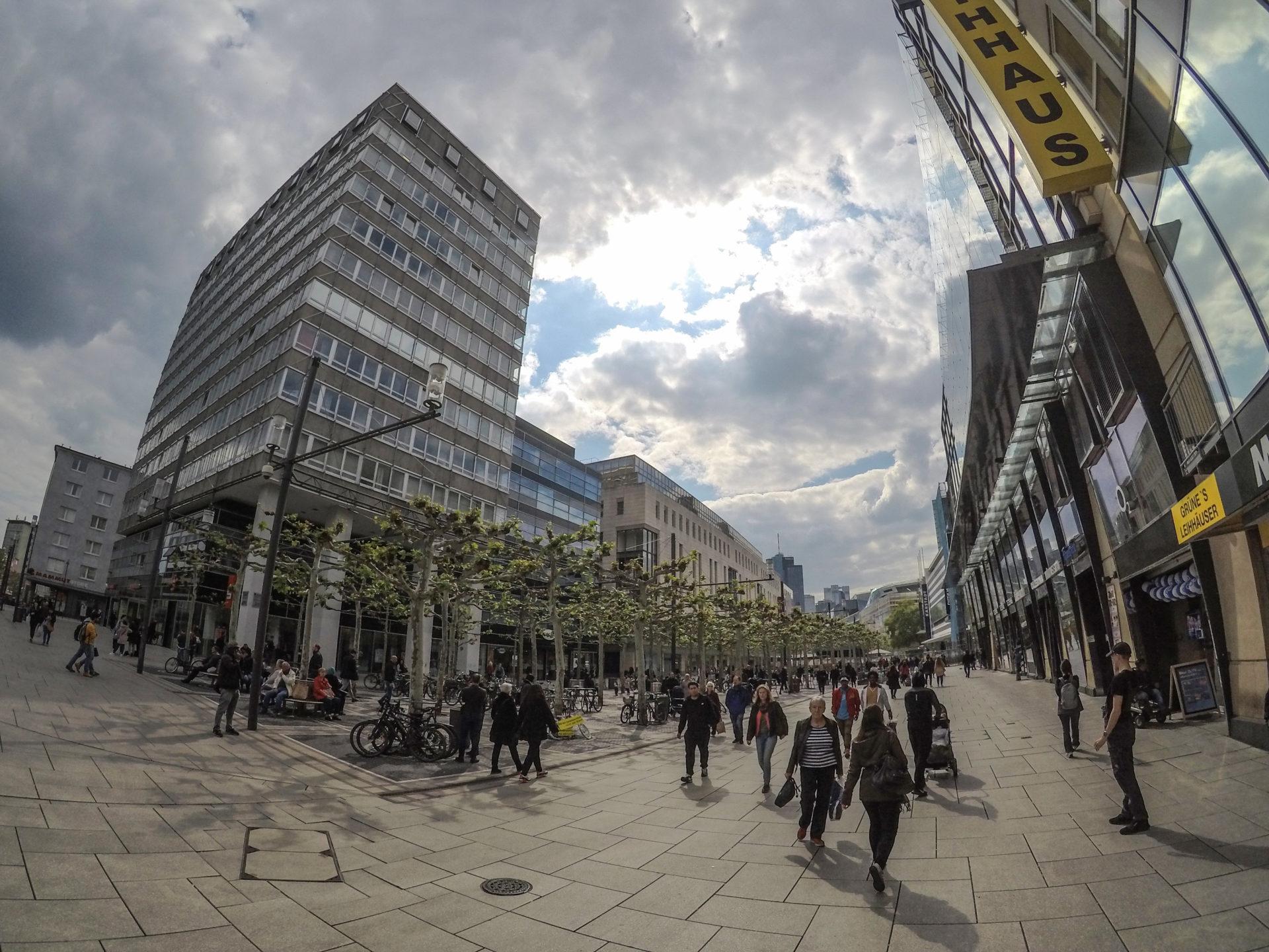 المانيا فرانكفورت اهم اماكن التسوق والمطاعم شارع زيل